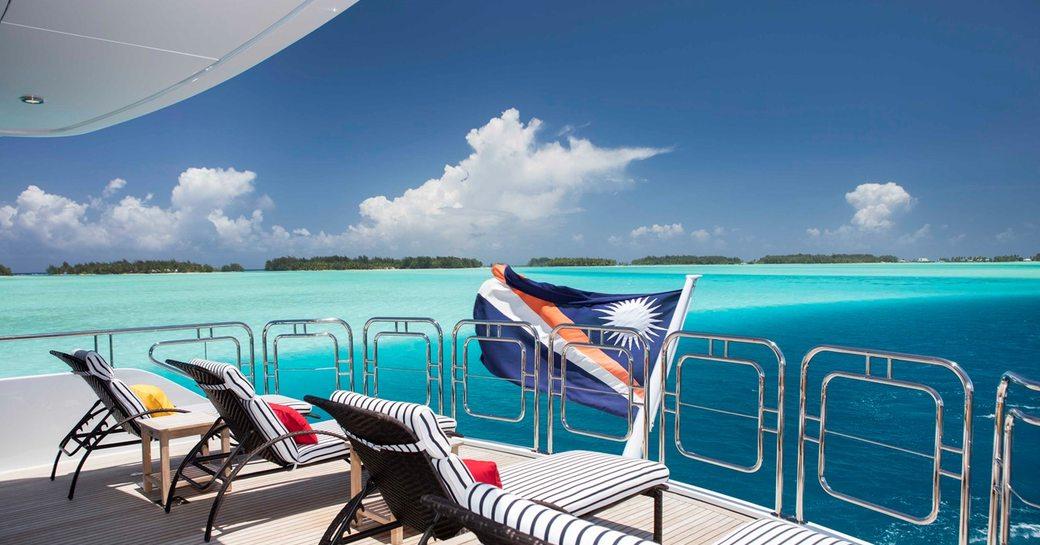 motor yacht playpen exterior spaces
