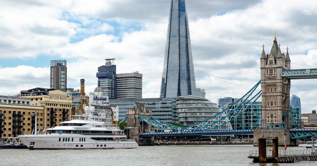 Superyacht Sixth Sense arrives to London
