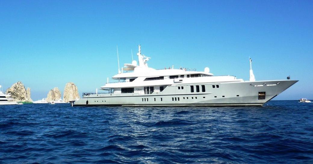 motor yacht SIREN cruising on a luxury yacht charter