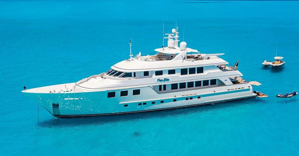 luxury superyacht pure bliss