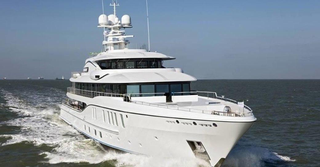 A running shot of superyacht 'Plvs Vltra'