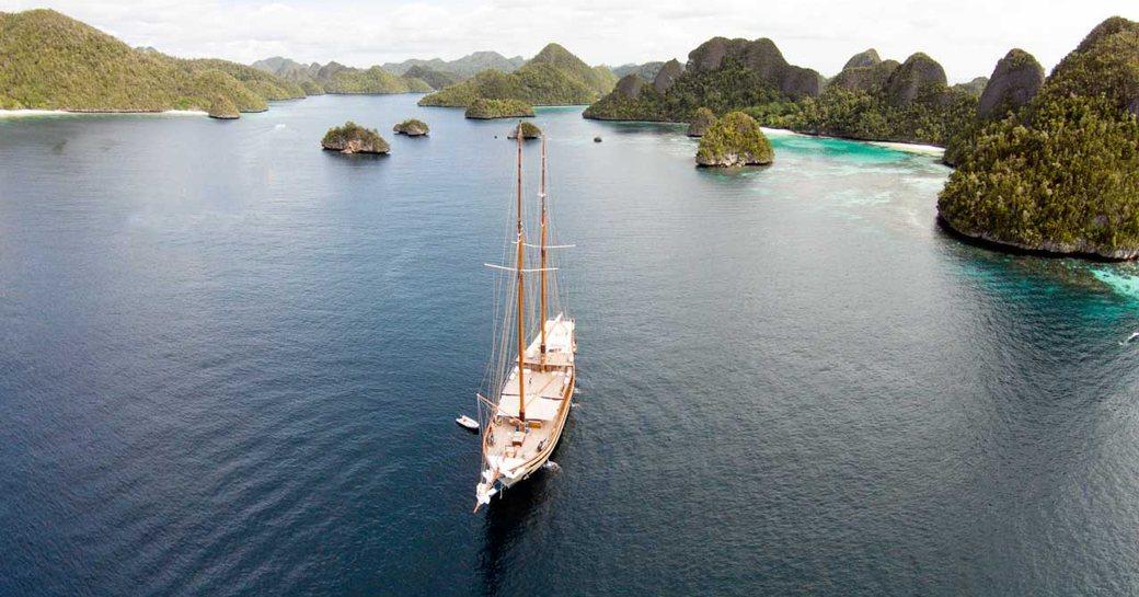 Superyacht LAMIMA Donates 50% Of Charter Fee To Local Charity photo 5