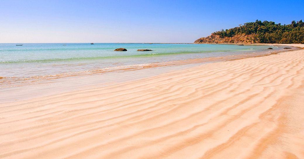 Zhero Beach