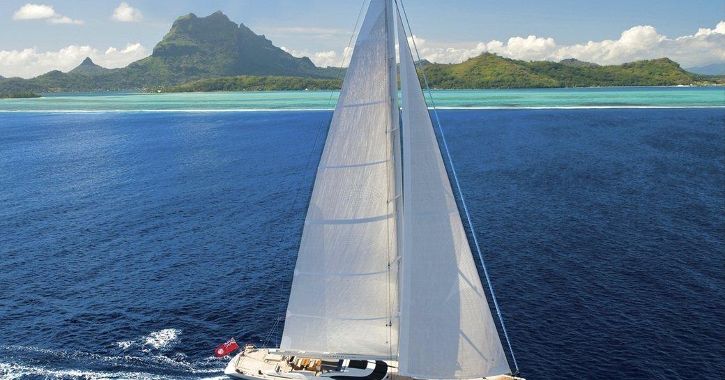 Sailing yacht SALPERTON