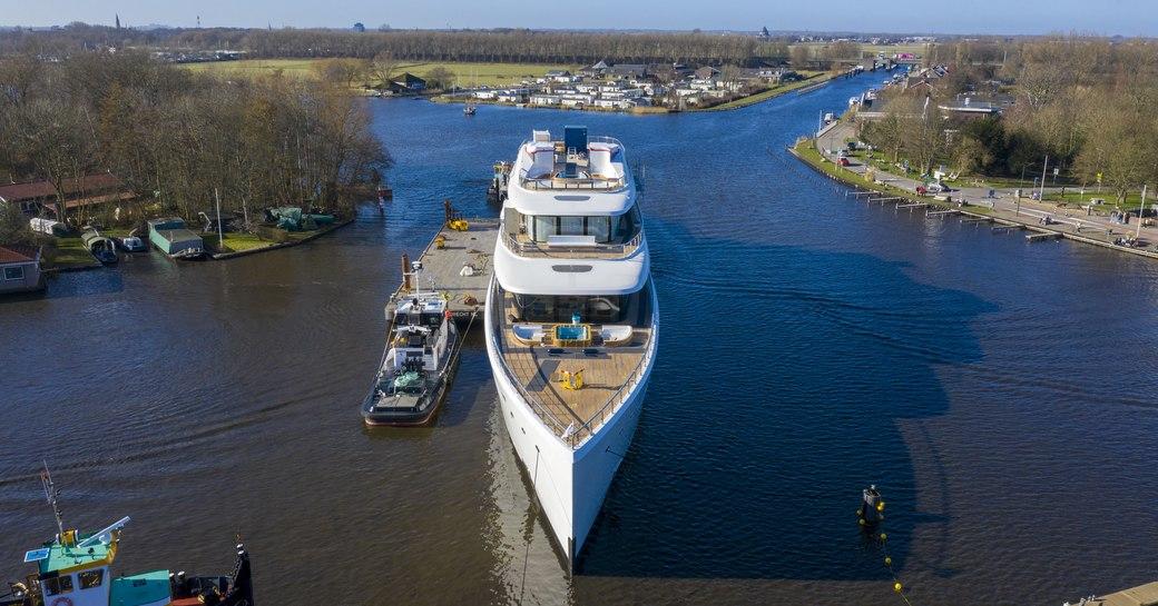Feadship superyacht VIVA on the water