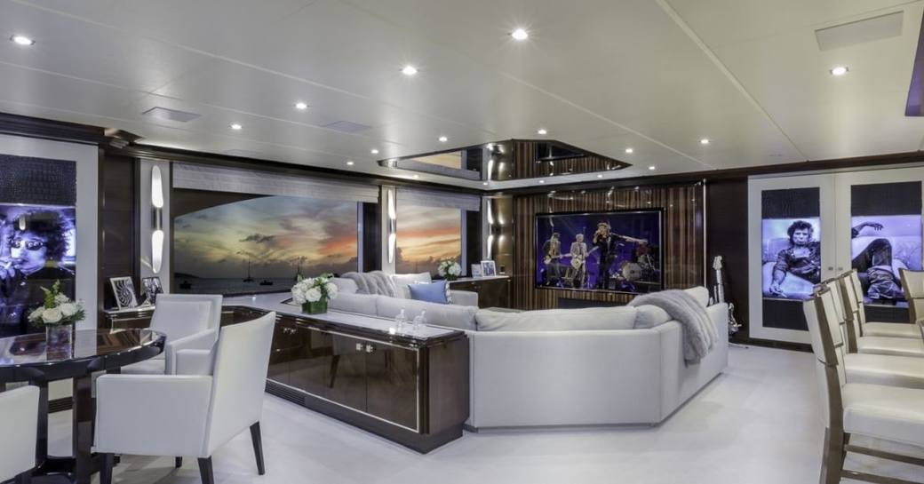 Charter Yacht 'King Baby' Offers Late Summer Deal In New England photo 1