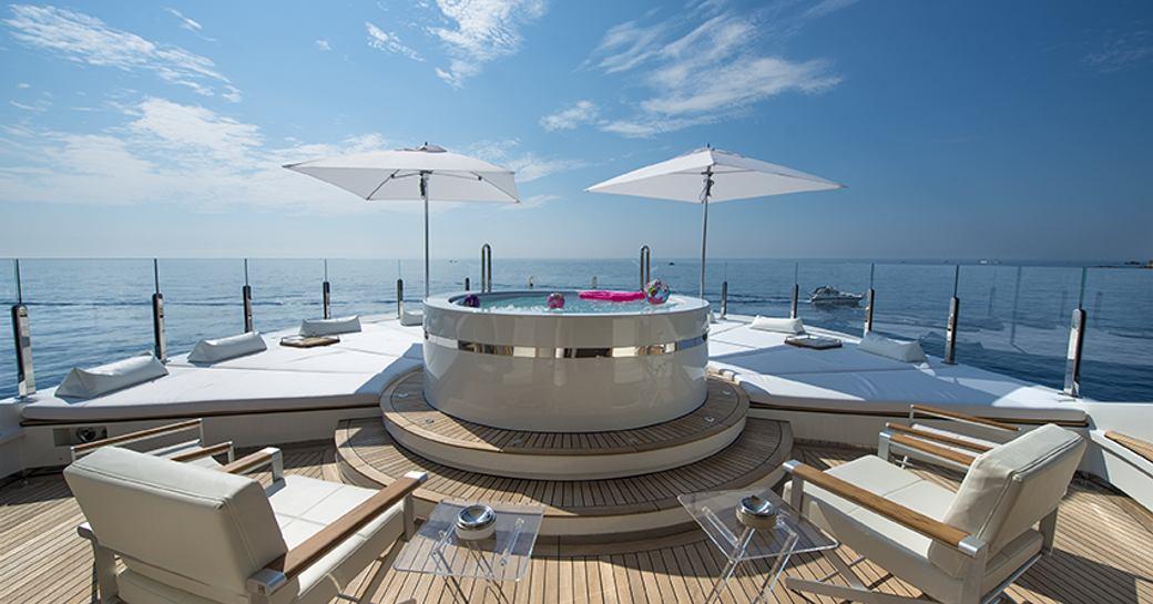 jacuzzi on sundeck of yacht arbema