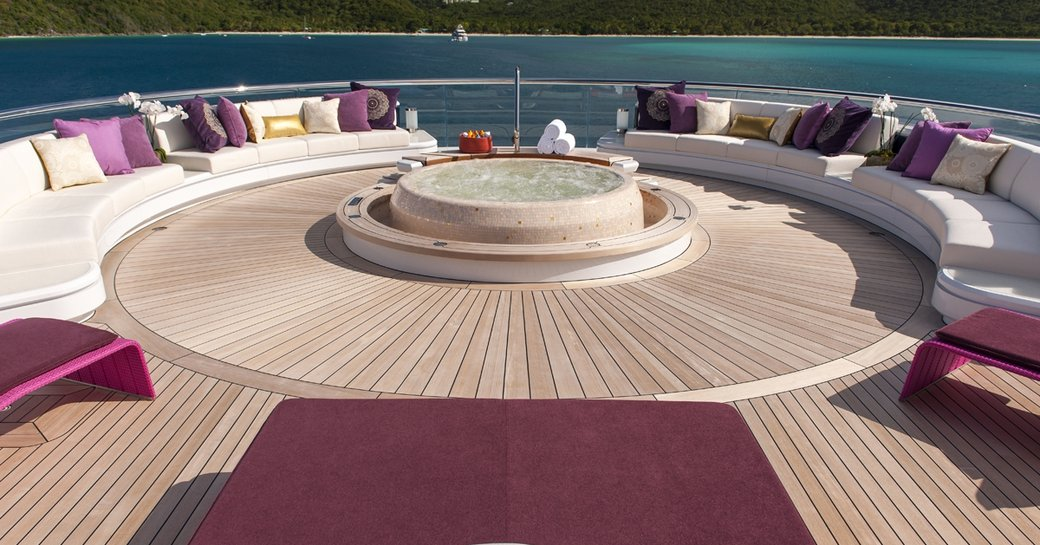 Superyacht SOLANDGE To Appear At Palm Beach Boat Show 2016 photo 1