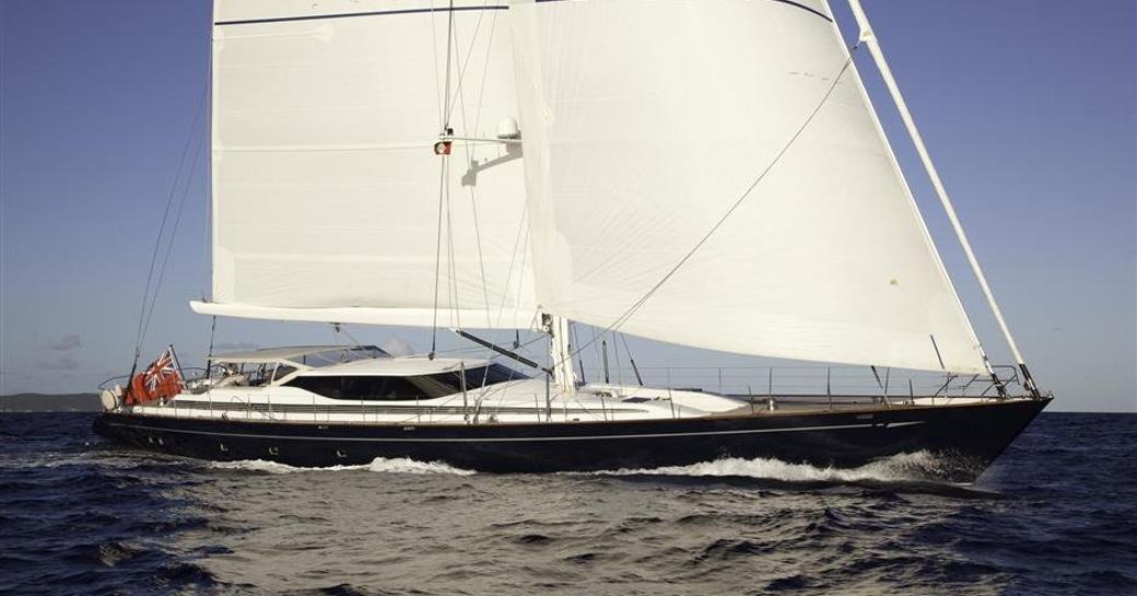 sailing yacht thandeka underway