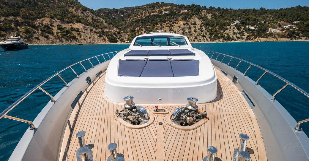 Yacht sundeck