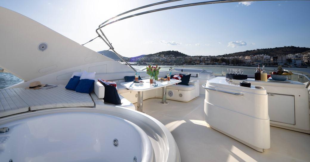 outdoor spaces onboard motor yacht estia yi