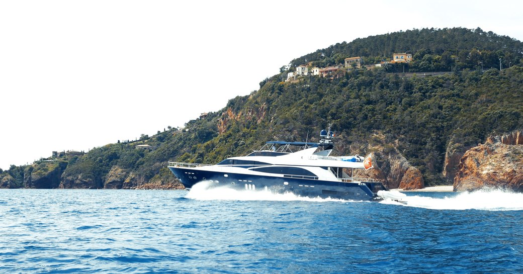 8 of the best yachts still available for a New Year's Eve yacht charter photo 22