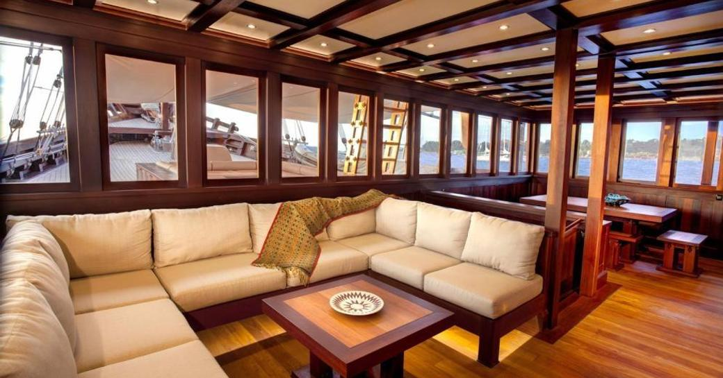 Video: Charter Yacht 'Dunia Baru' Available In Myanmar This Winter photo 1