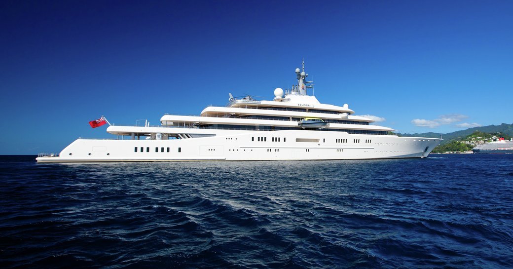 Superyachts on the scene in St. Barts to celebrate New Year's Eve in style photo 1