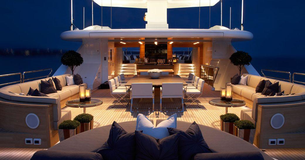 Superyacht Sealyon upper deck