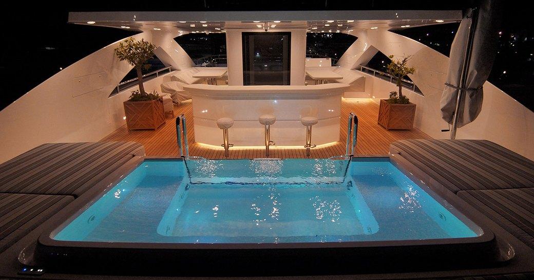 jacuzzi onboard motor yacht baba