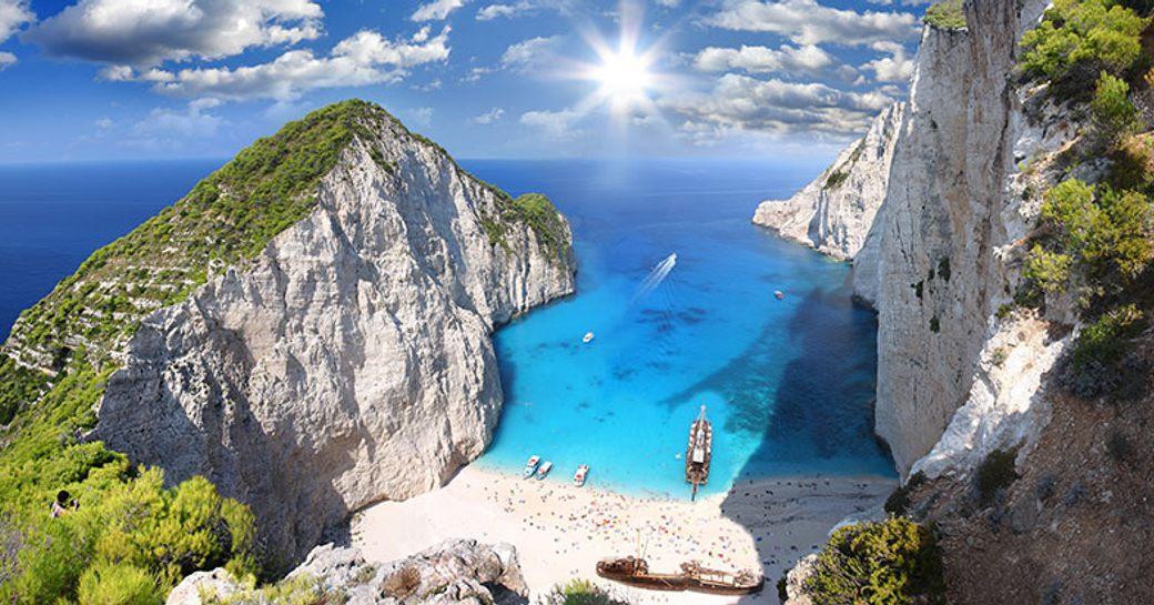 Charter yacht hotspot Zante in Greece