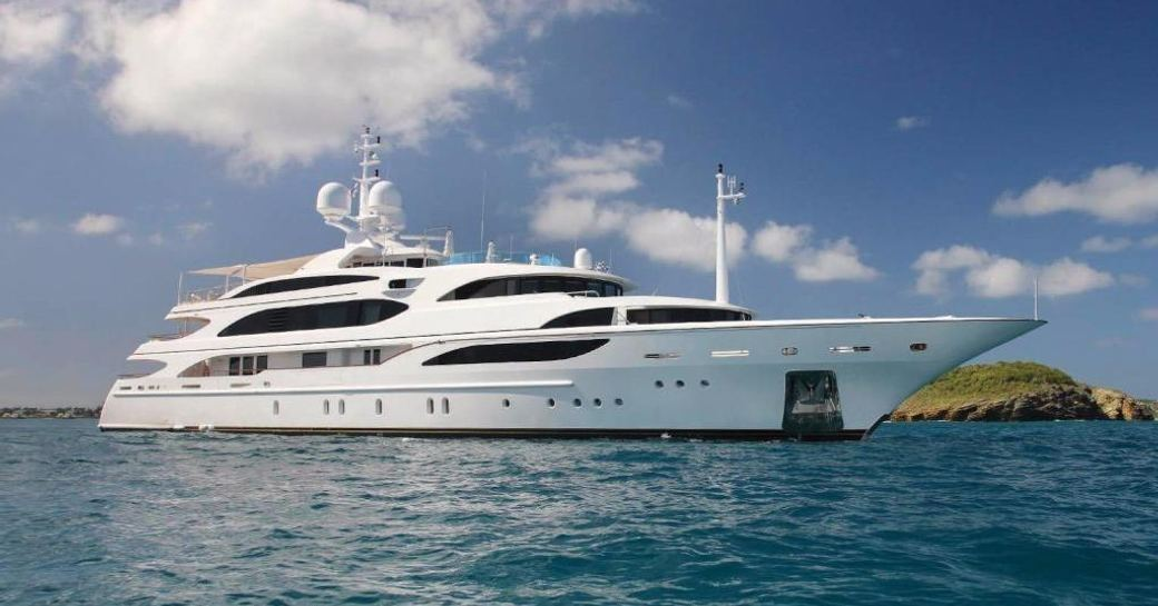 Benetti Charter Yacht 'Lady Luck' To Attend Fort Lauderdale International Boat Show 2016 photo 8