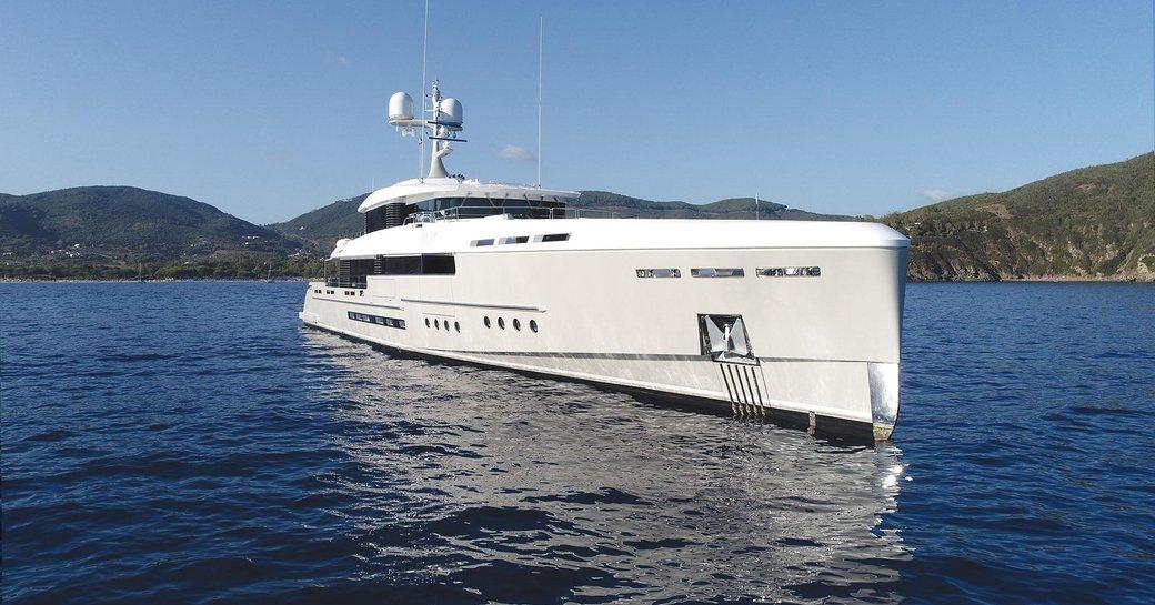 Superyacht 'Endeavour 2'