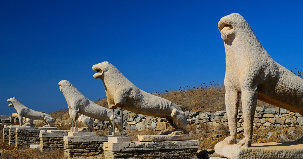 Remains of Delos town avenue of Lions