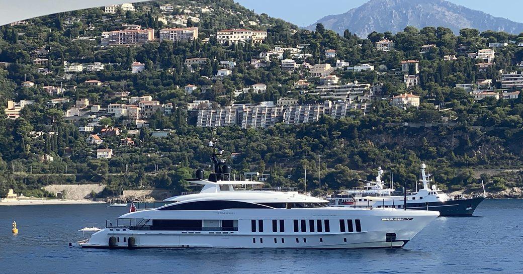 Yachts at anchor at the MYS 2021