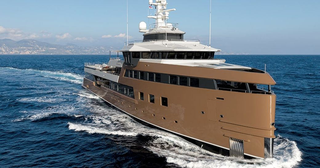 First look: Inside 77m explorer yacht 'La Datcha' photo 21