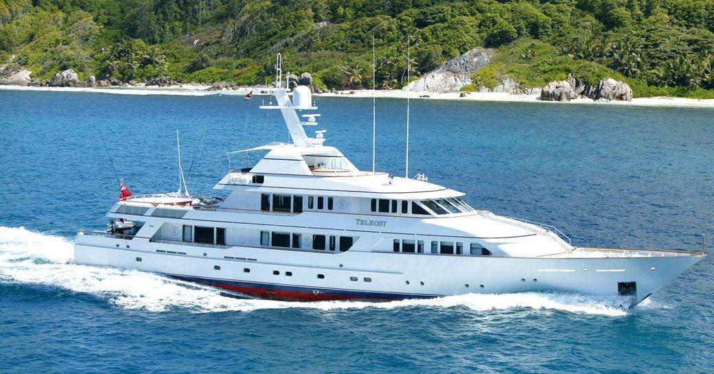 Teleost motor yacht