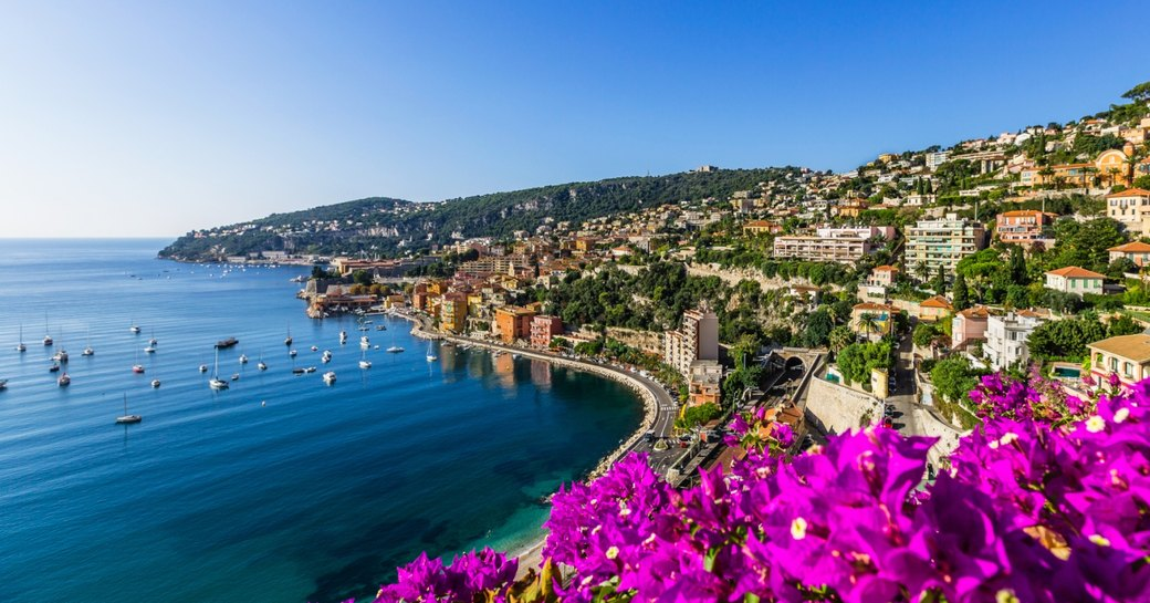 the curving Bay of Angels in Nice, France