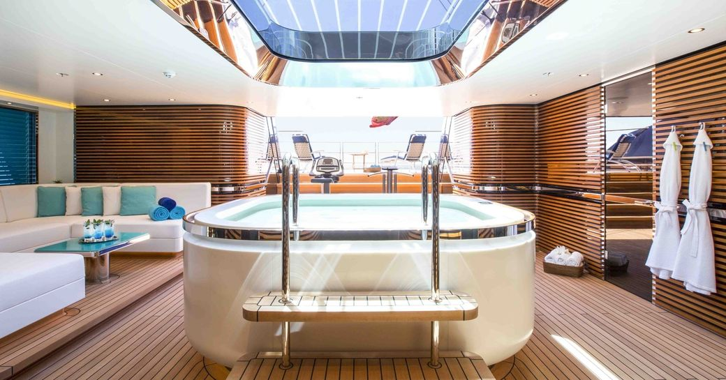 Jacuzzi under the skylight in the beach club aboard AQUIJO