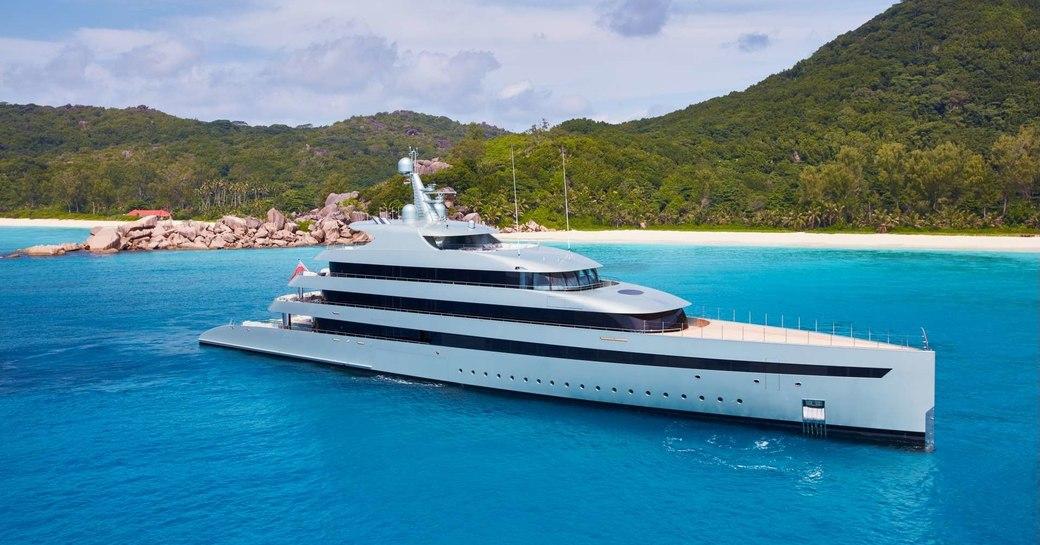 motor yacht Savannah anchored in the Caribbean on a yacht charter