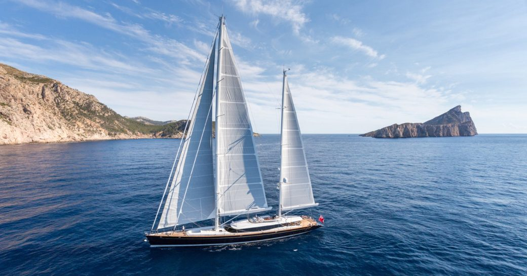 sailing yacht Q underway on a Caribbean charter vacation