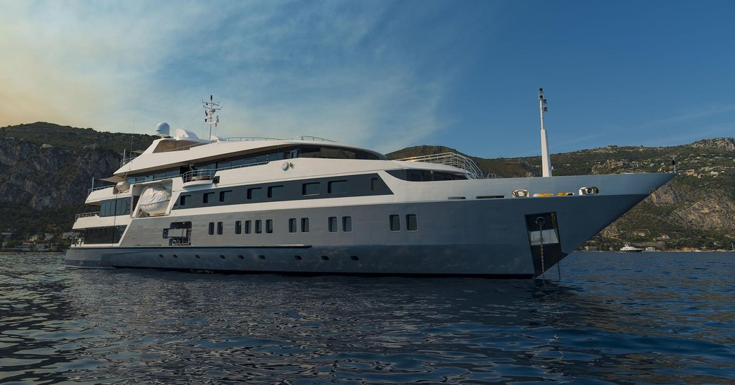 charter yacht SERENITY anchored on a Greek yacht charter
