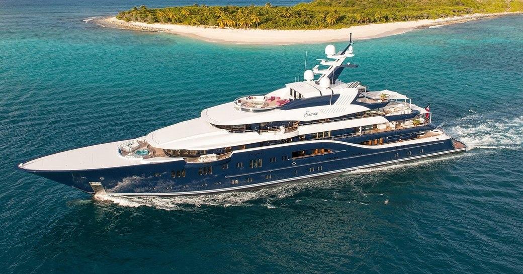 superyacht SOLANDGE on a luxury yacht yacht