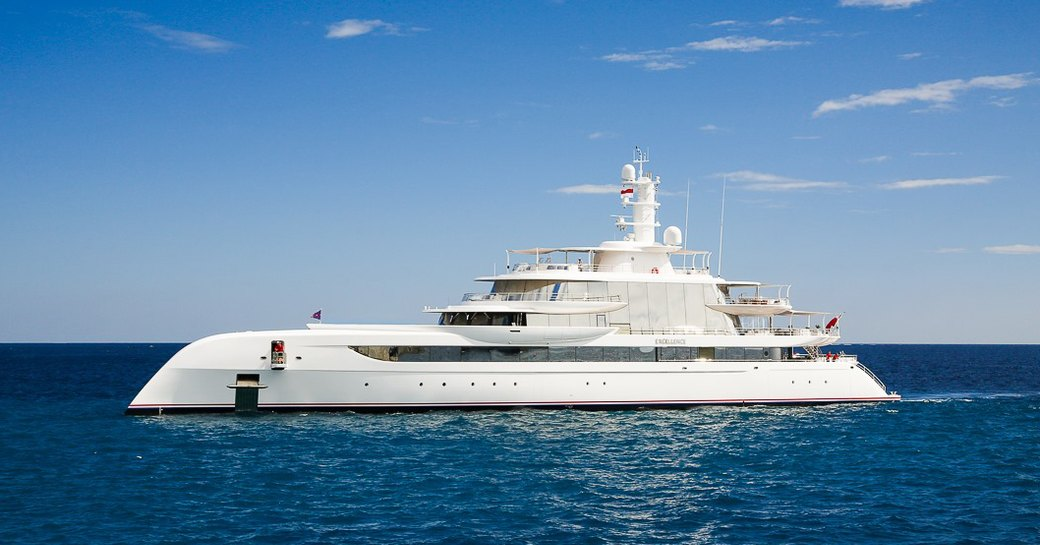 Superyachts on the scene in St. Barts to celebrate New Year's Eve in style photo 4