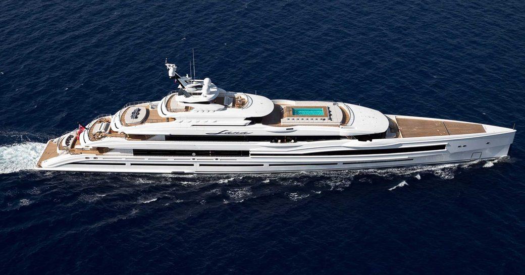 Superyacht Lana cruising open waters