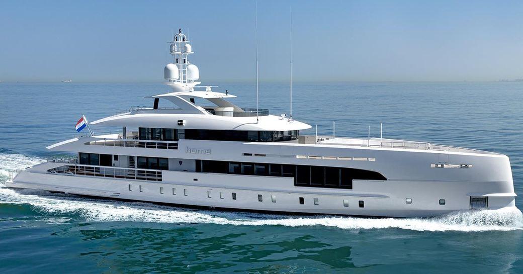 luxury yacht HOME wins RINA award at the MYS 2017