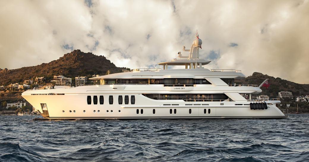 superyacht Liquid Sky underway during a Mediterranean yacht charter