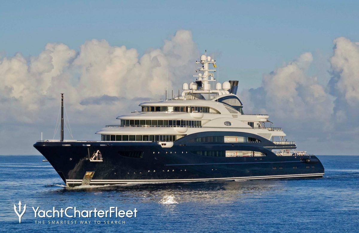 serene yacht charter price fincantieri luxury yacht charter. Black Bedroom Furniture Sets. Home Design Ideas