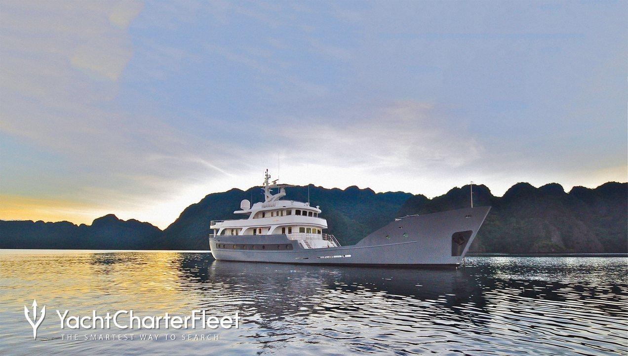 Anda Charter Yacht