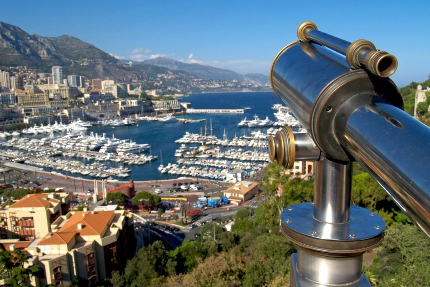 visiting monte carlo casino on our monaco luxury yacht charter vacation