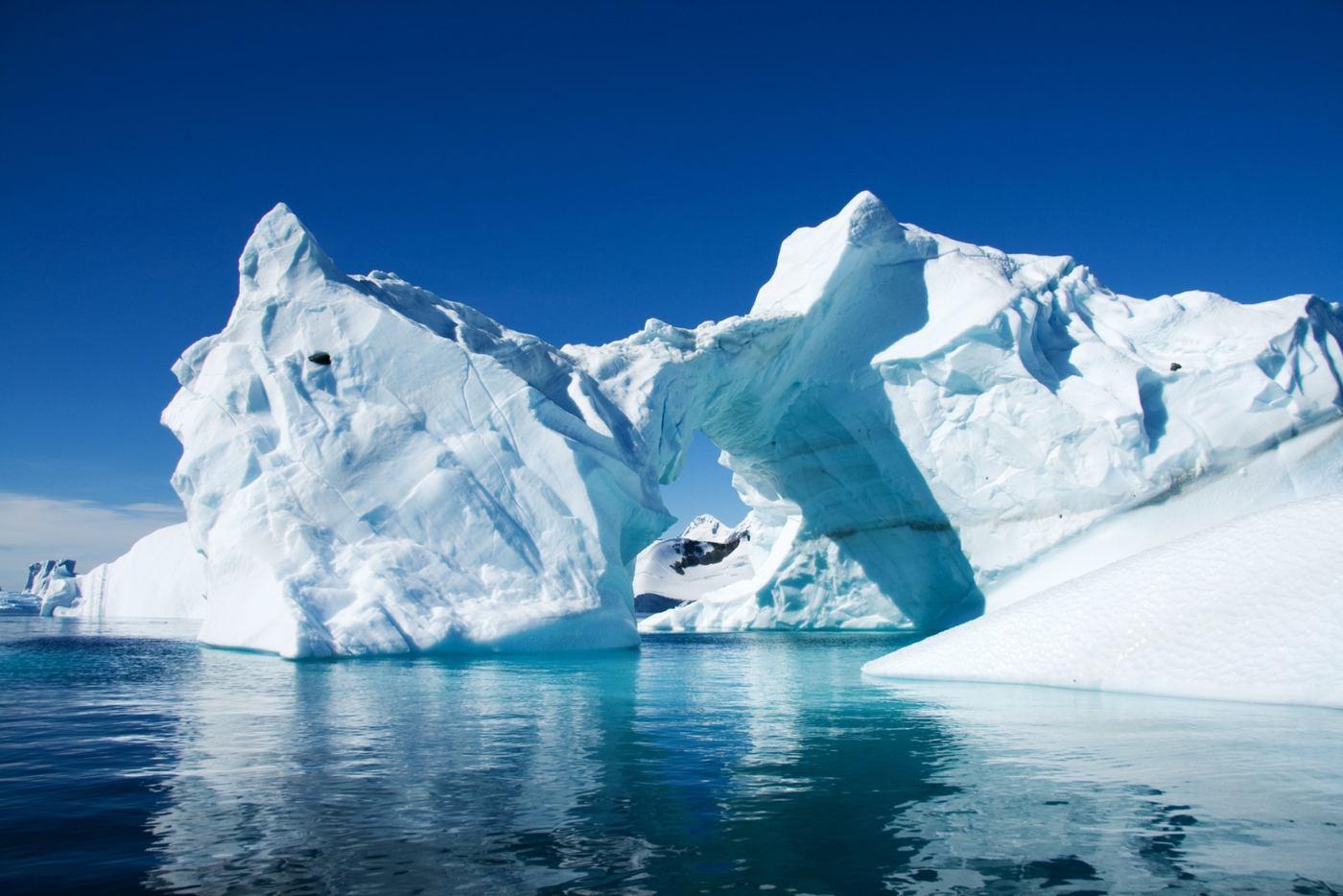 Photo Tour of Antarctica 8
