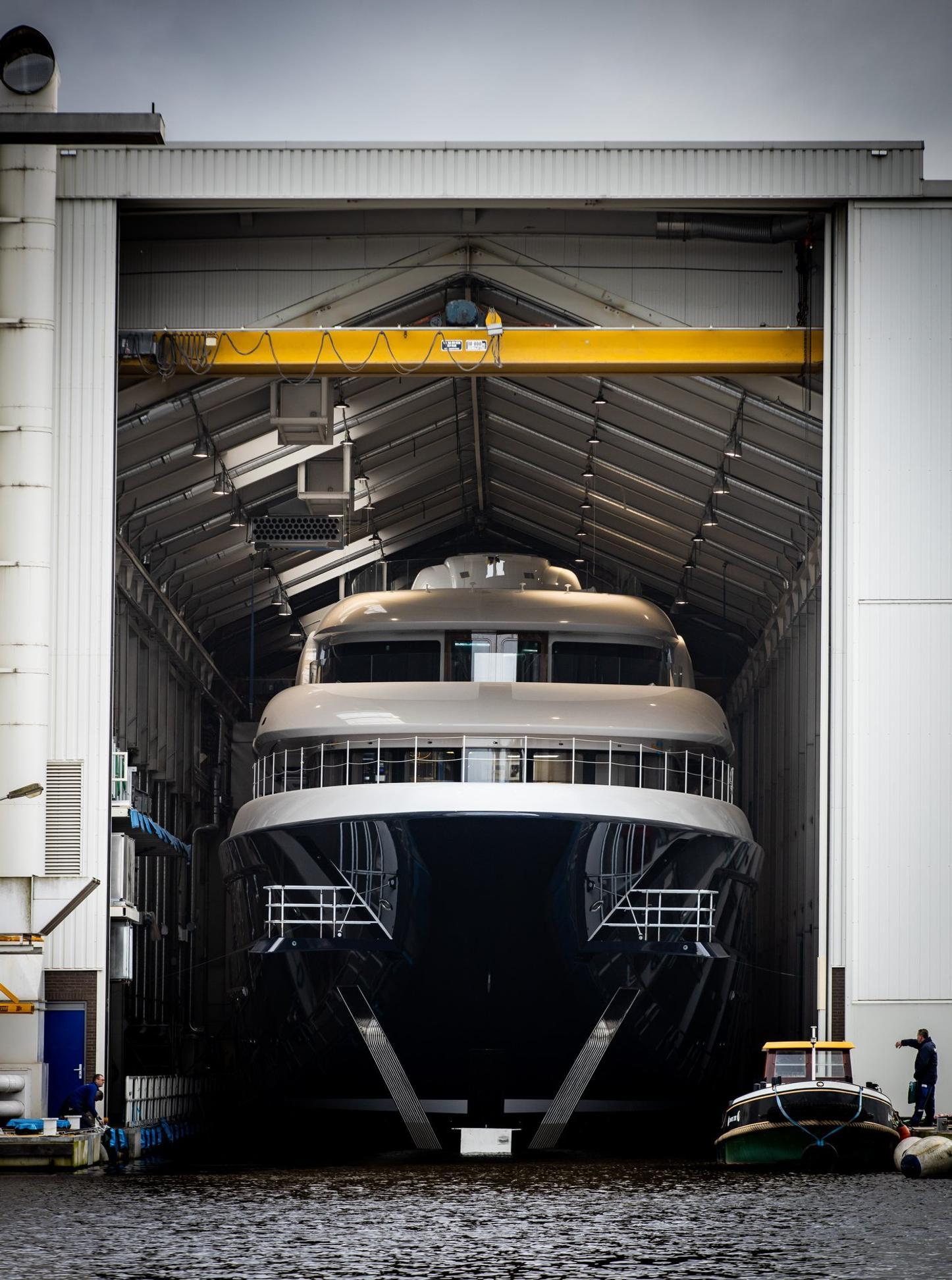 luxury yacht podium leaving shed