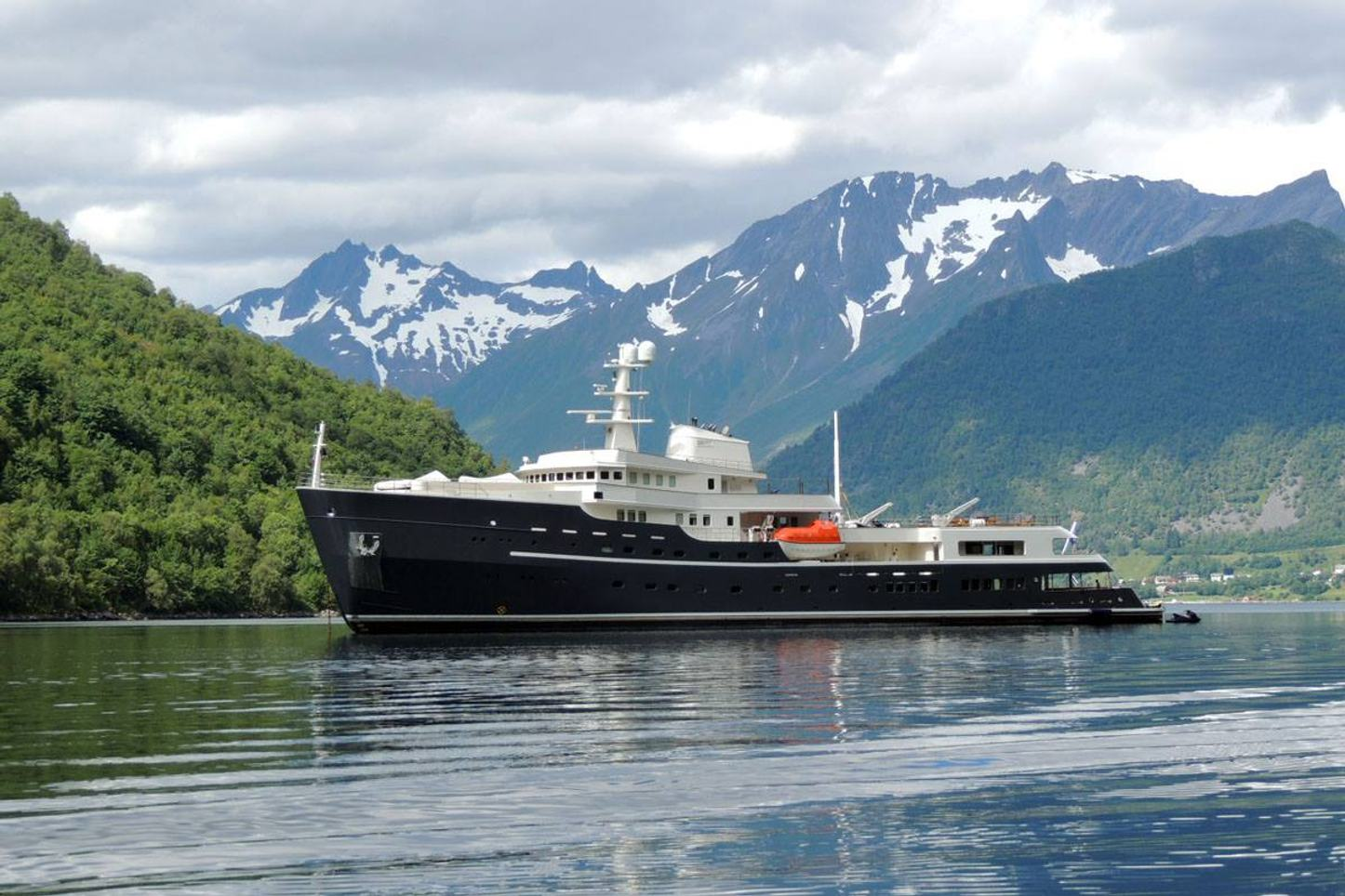 expedition yacht LEGEND anchors in Norway during a charter vacation