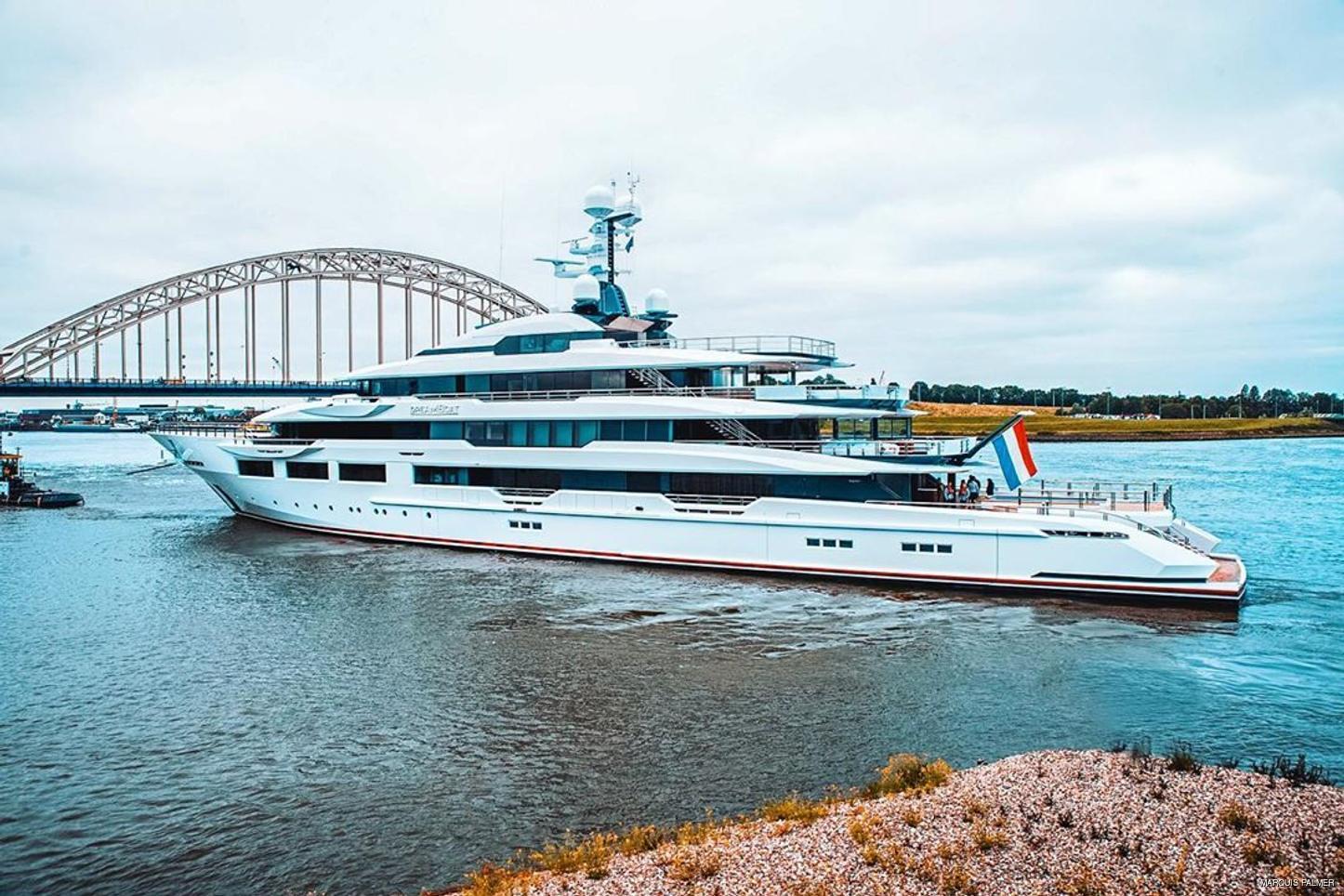 Oceanco superyacht Dreamboat