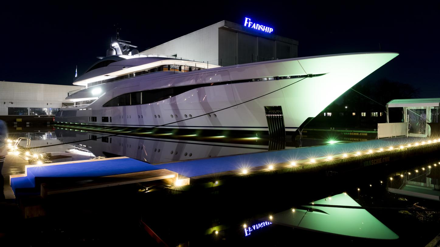 ARROW yacht from Feadship at night