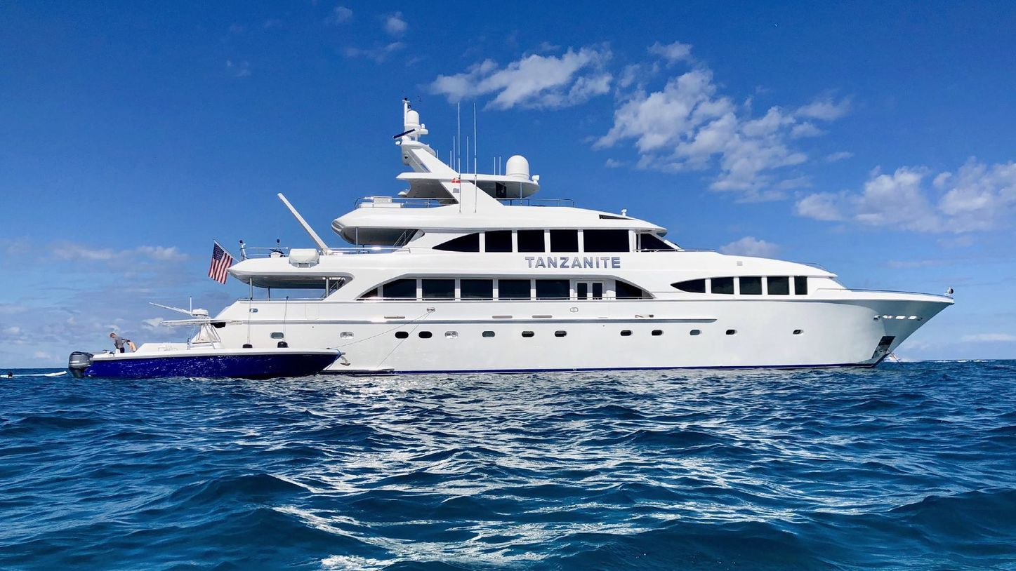 superyacht TANZANITE at anchor with tender on Bahamas yacht charter