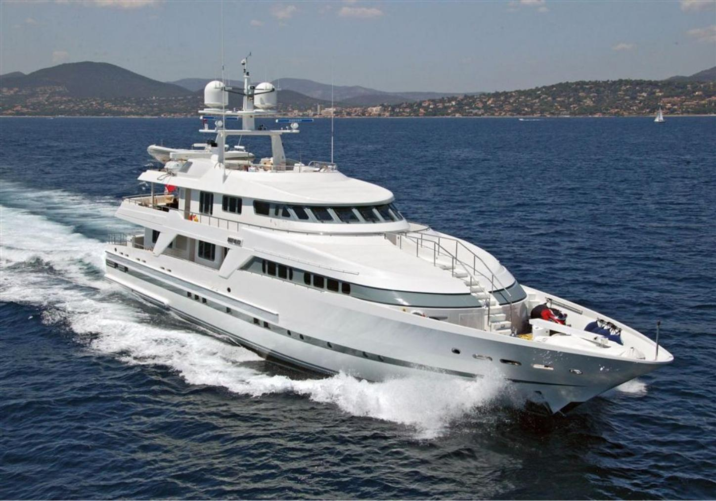 superyacht Deep Blue II cruising on a Mediterranean yacht charter