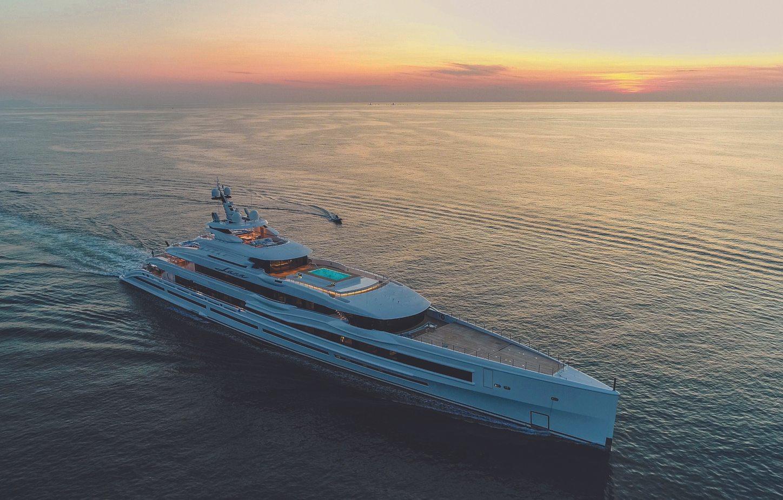 lana yacht at sunset