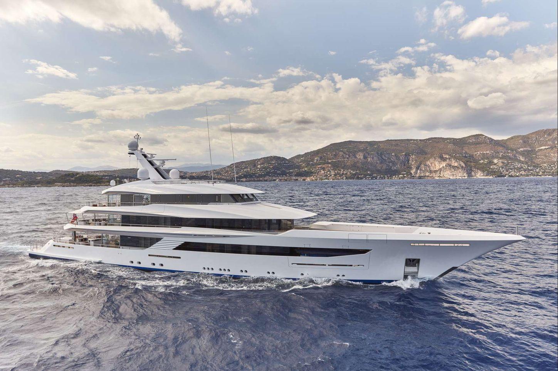 superyacht JOY cruising on a luxury yacht charter
