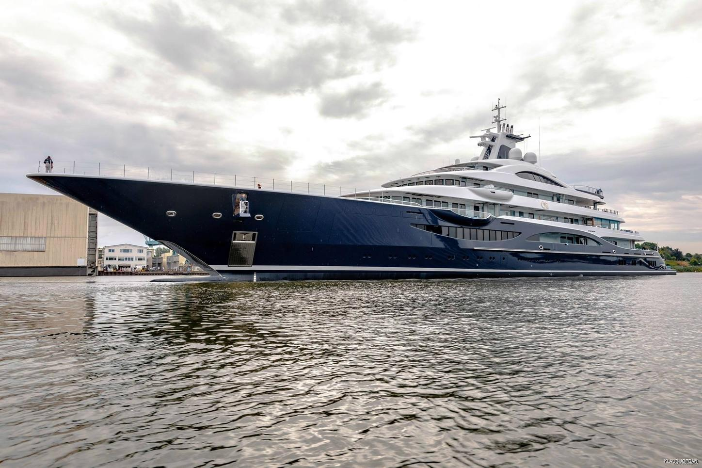 superyacht TIS at Lurssen shipyard